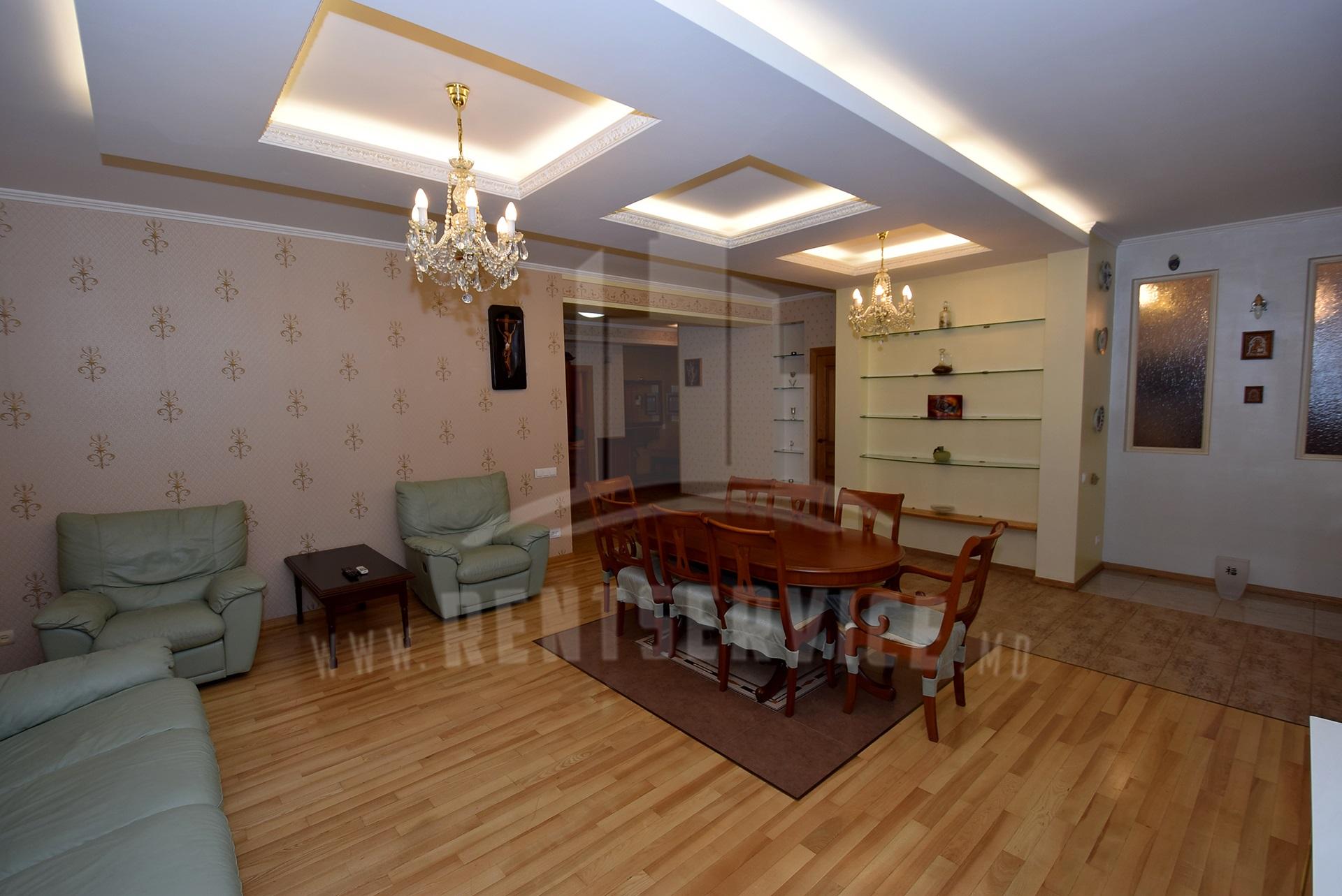 2040_apartment_19.JPG