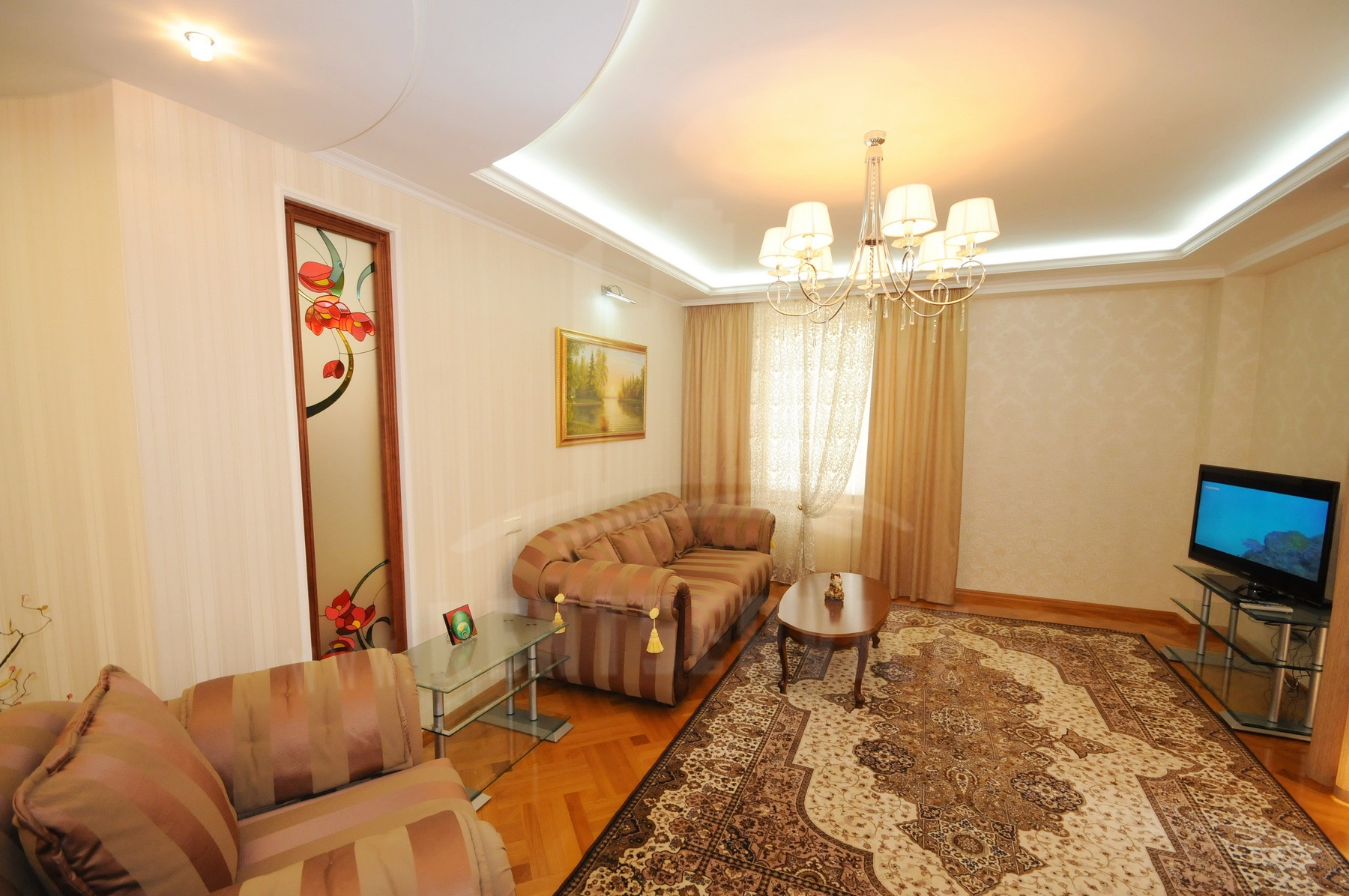 2048_apartment_4.JPG