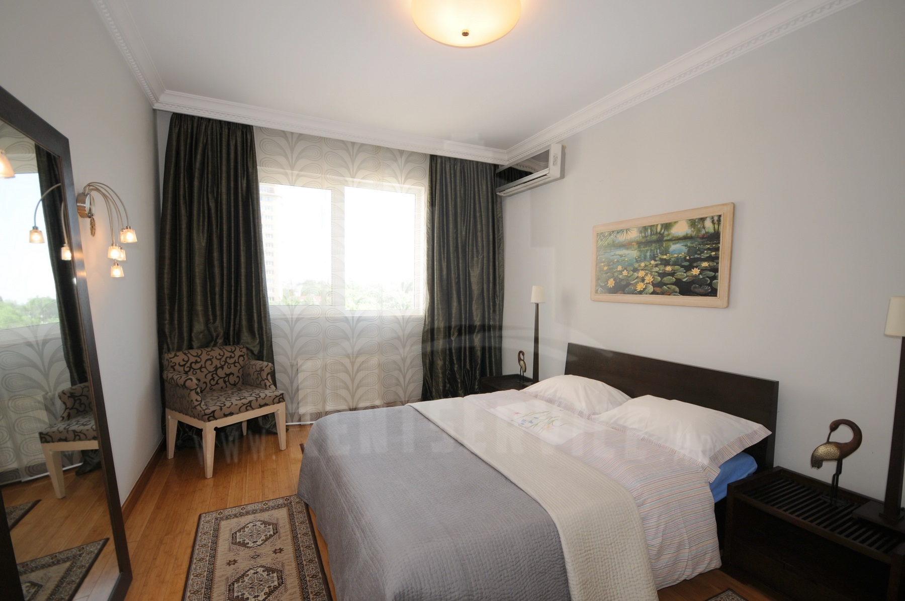 2054_apartment_11.JPG