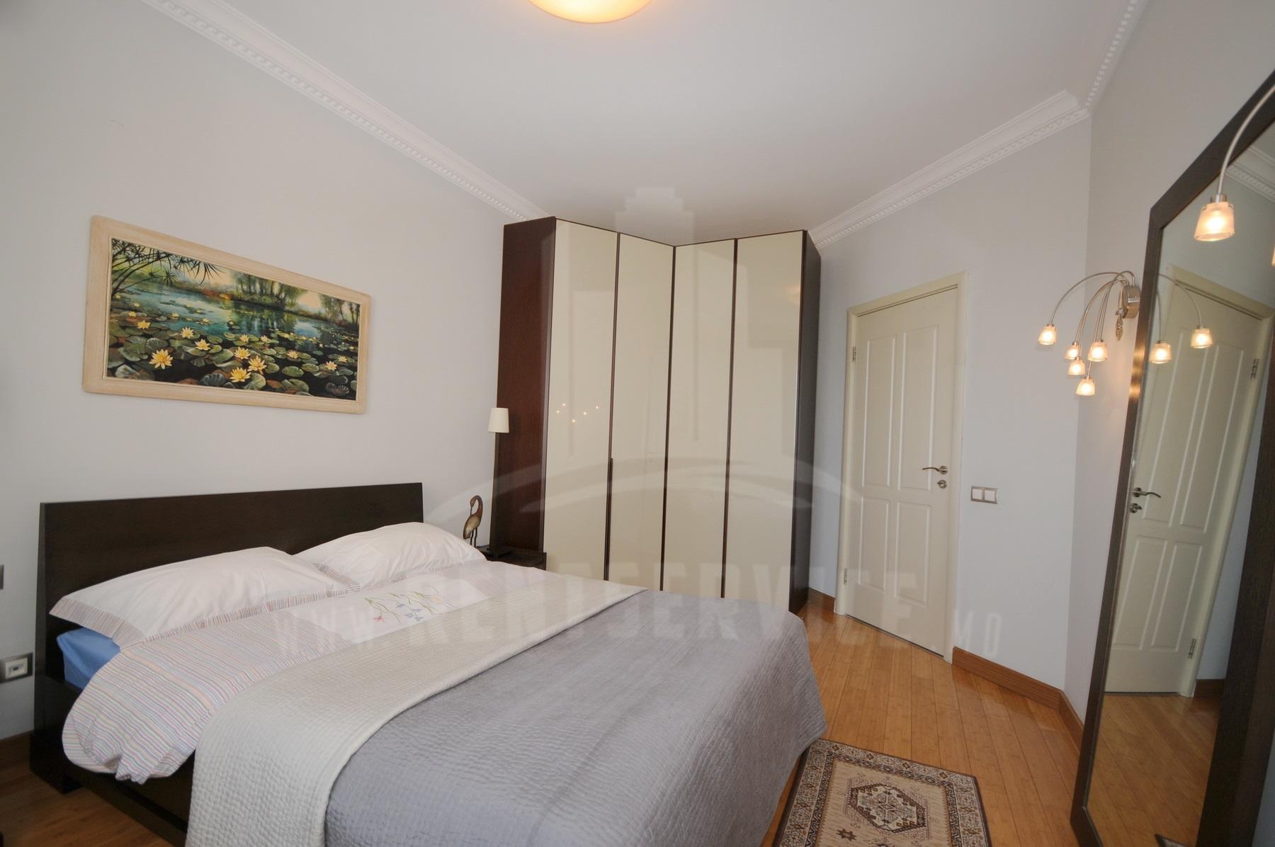 2054_apartment_12.JPG