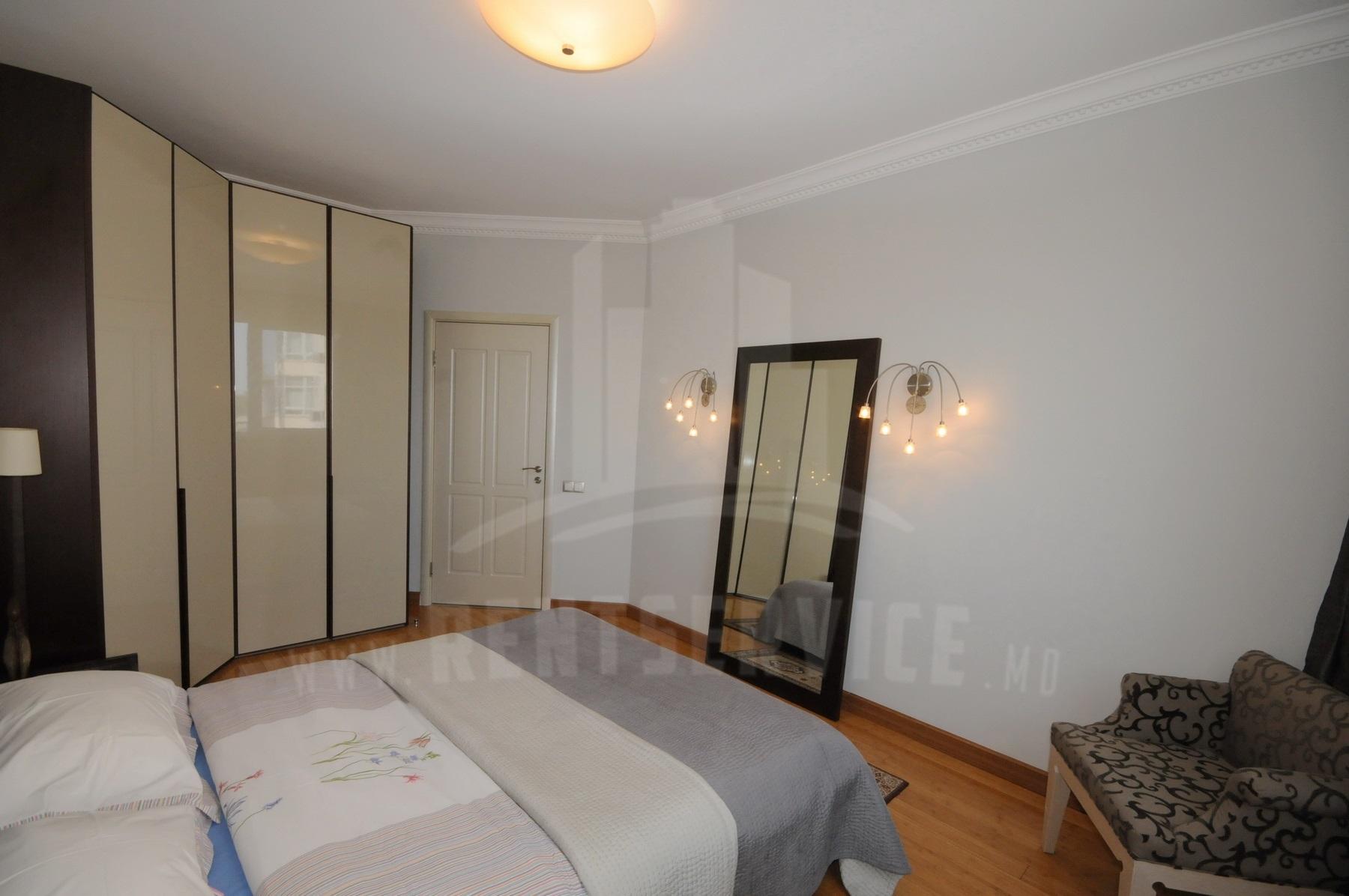 2054_apartment_13.JPG