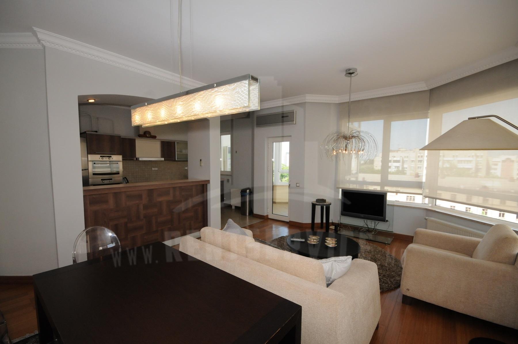 2054_apartment_4.JPG
