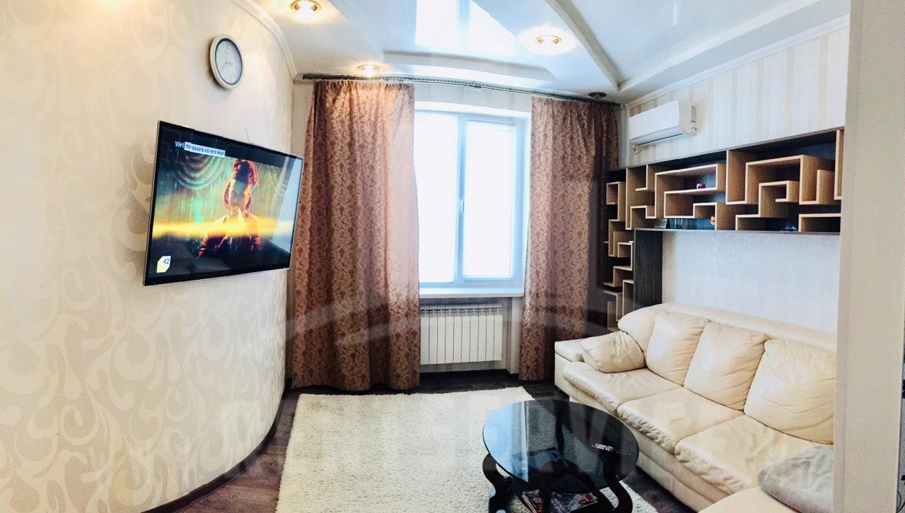 2056_apartment_livignrroom_1.jpg
