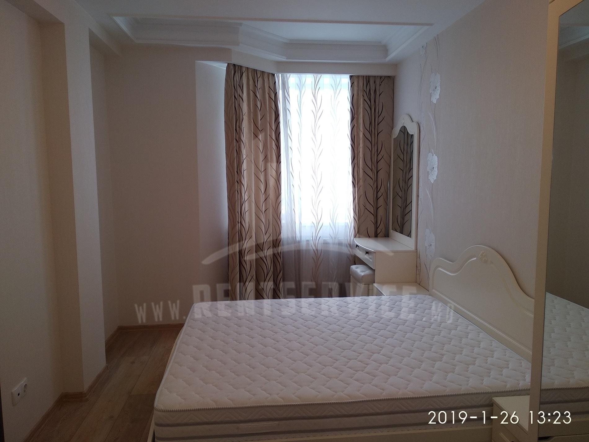 2059_apartment_4.jpg