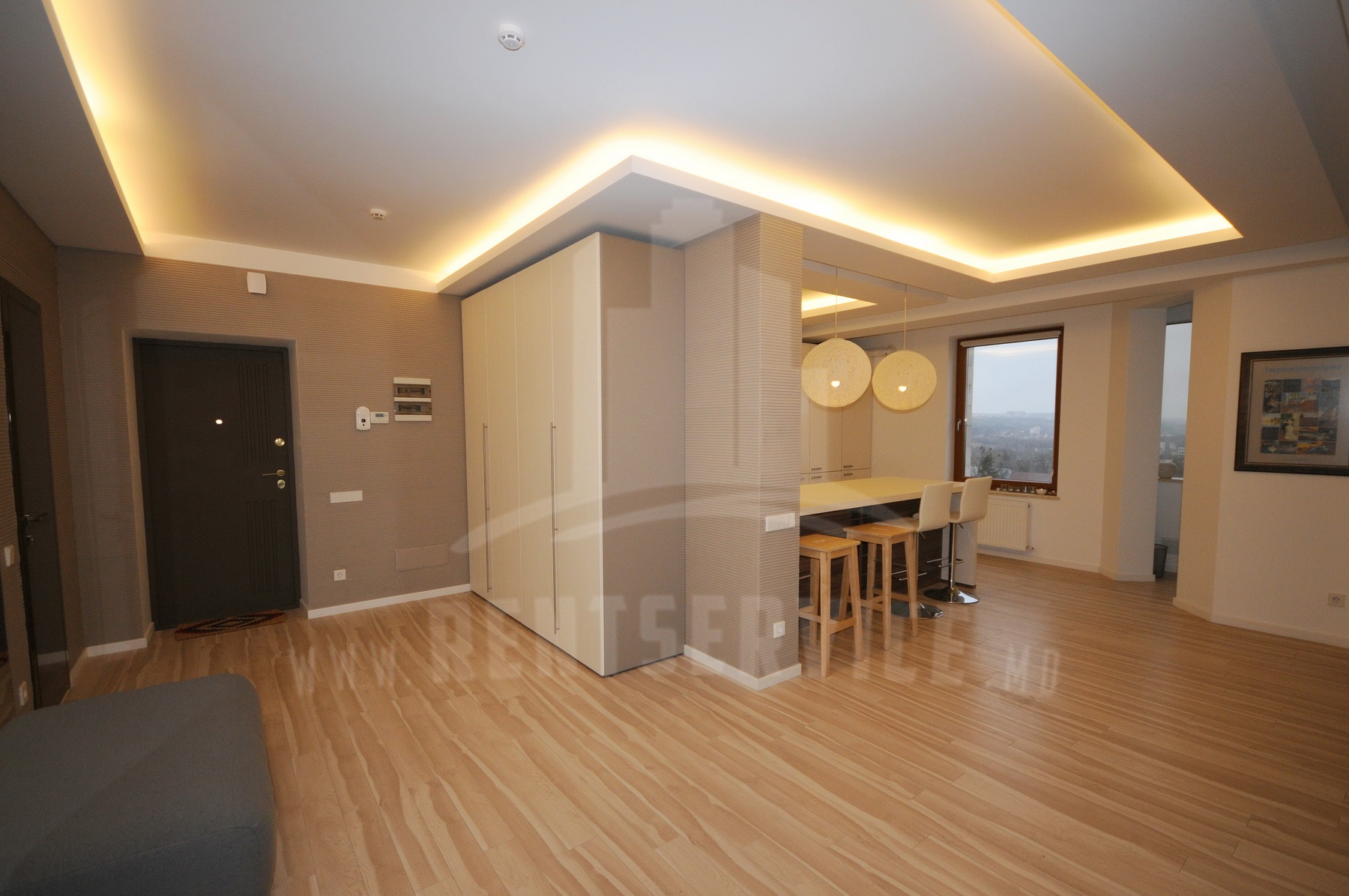 2060_apartment_9.JPG