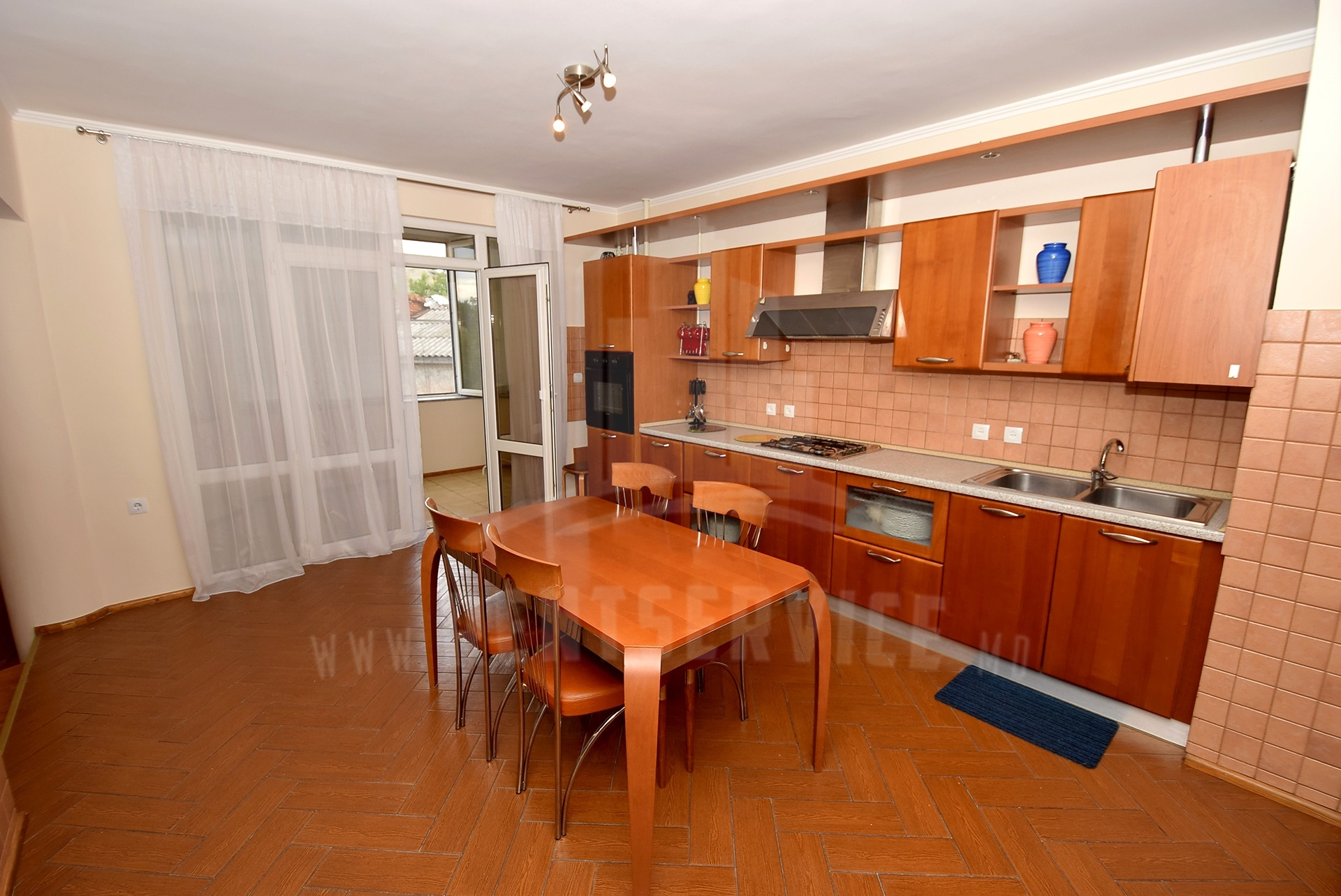 2064_apartment_.5.jpg