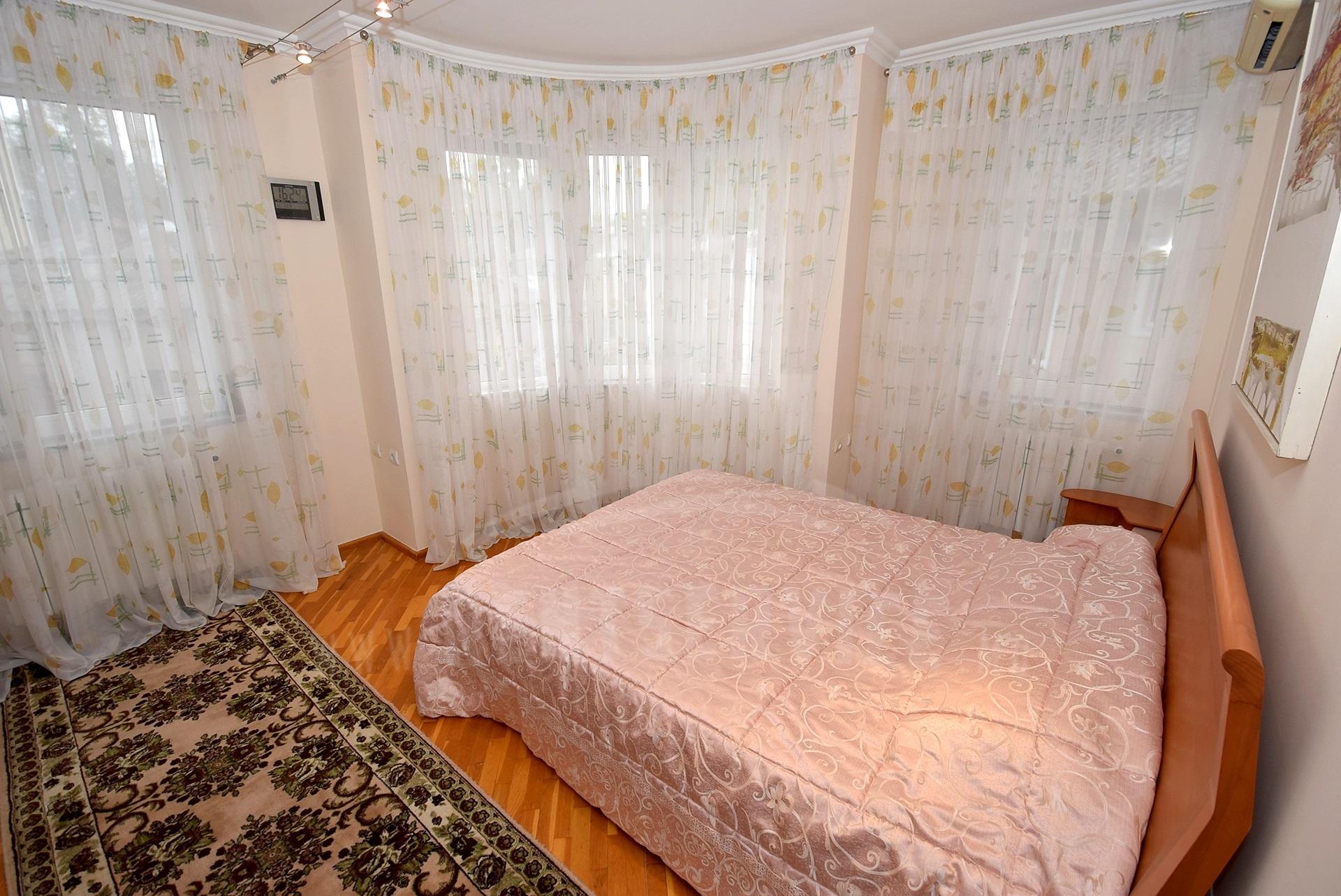 2064_apartment_11.jpg