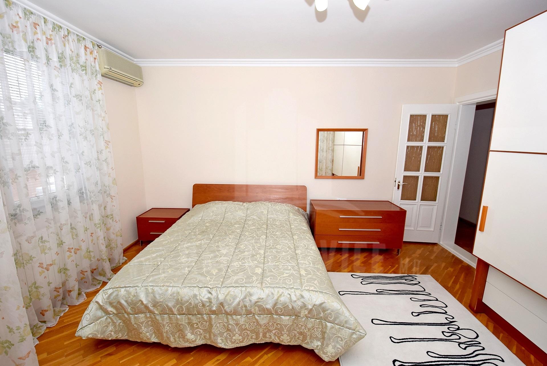 2064_apartment_15.jpg