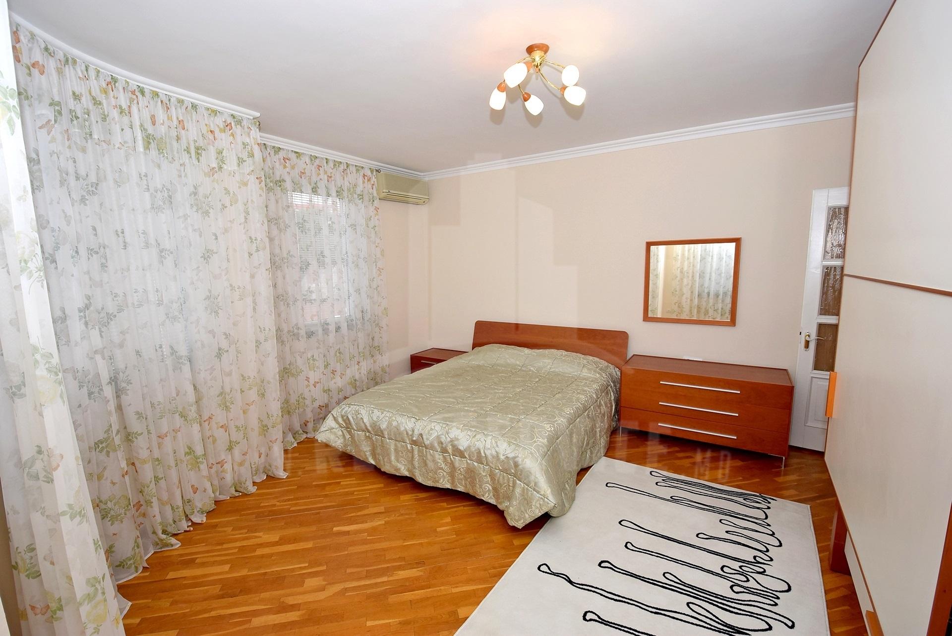 2064_apartment_16.jpg