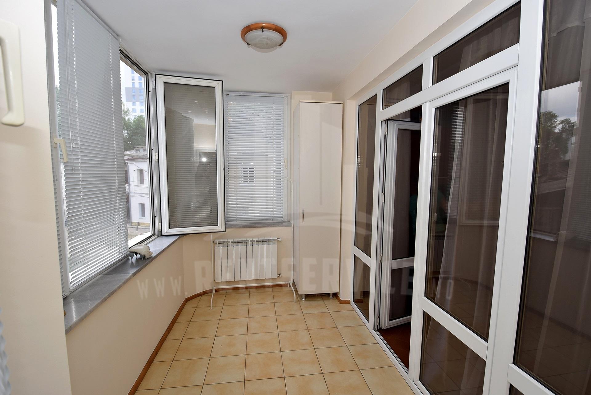 2064_apartment_6.jpg
