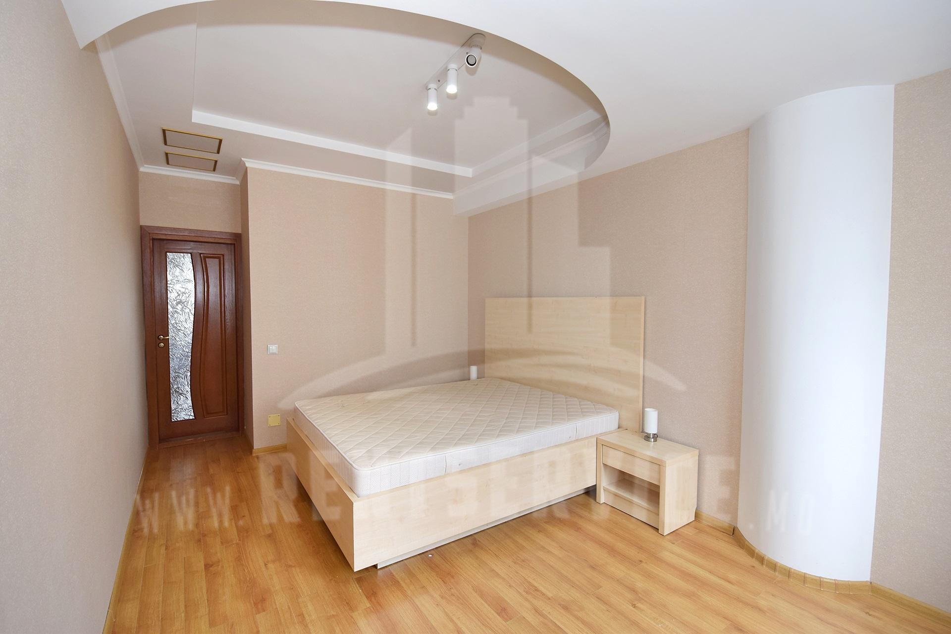 211_apartment_11.JPG