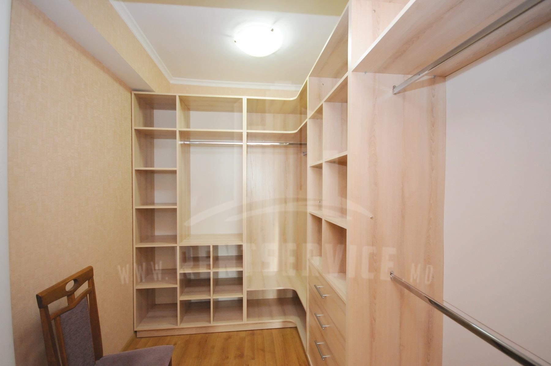 211_apartment_17.JPG