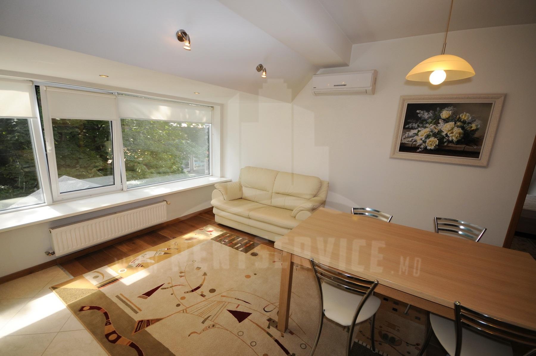 267_apartment_1.JPG