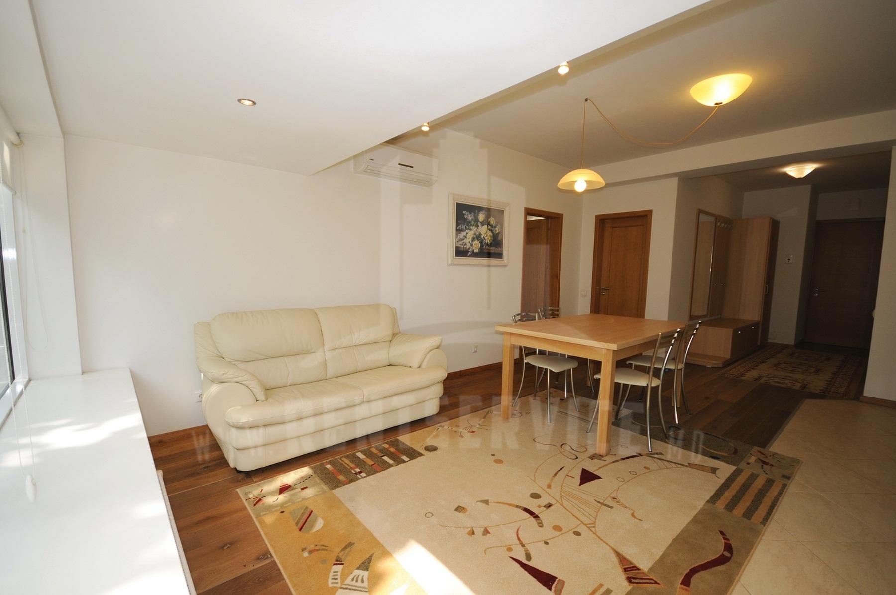 267_apartment_9.JPG