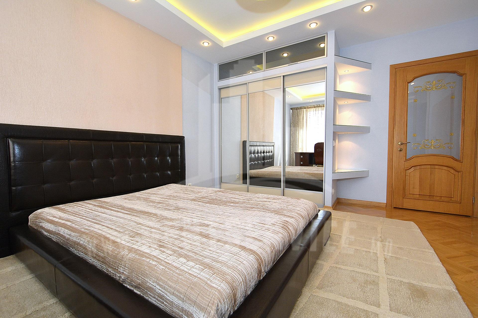 284_apartment_11.JPG