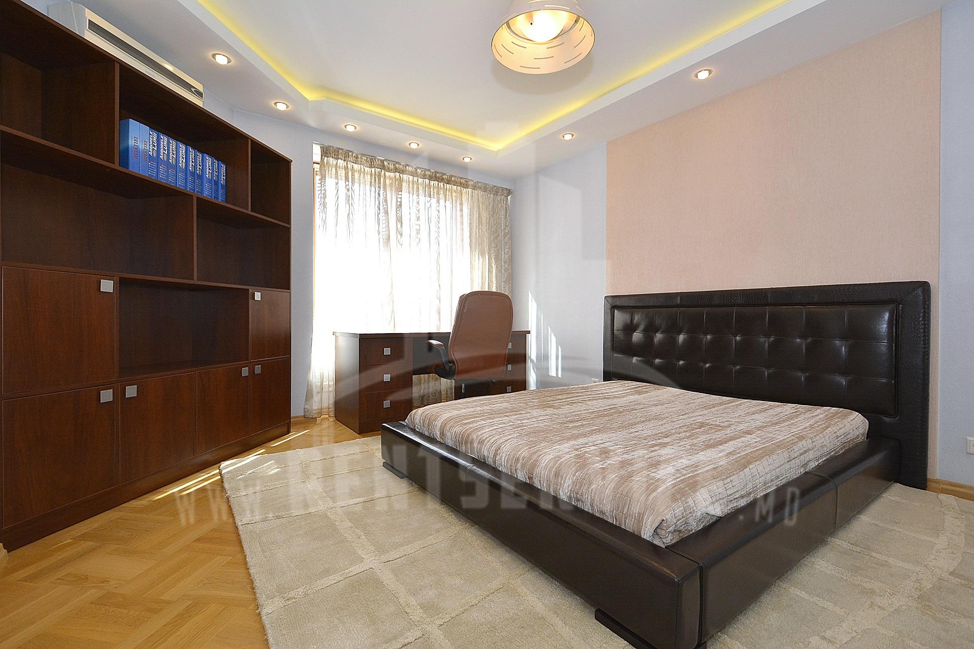 284_apartment_6.JPG