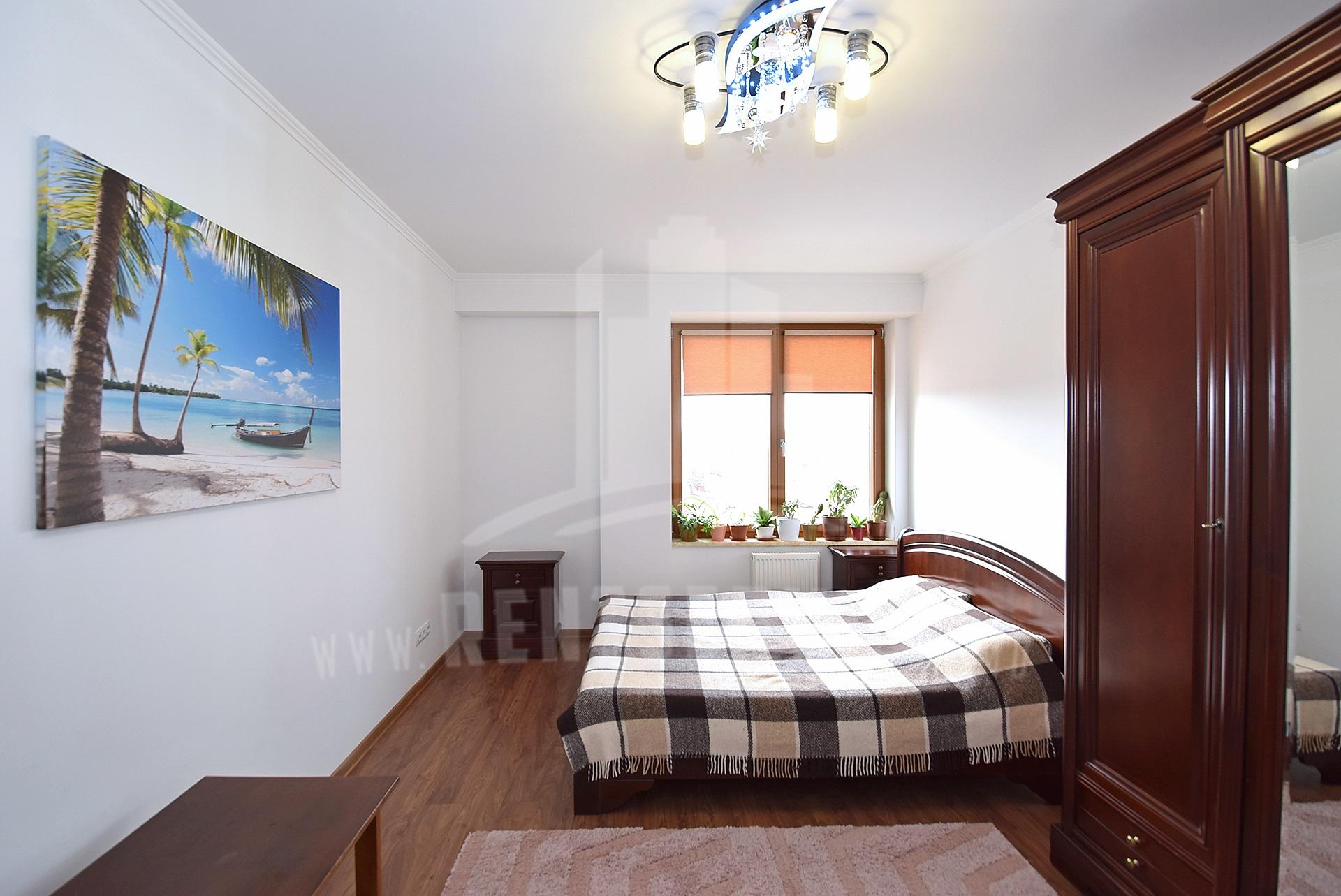 287_apartment_12.JPG