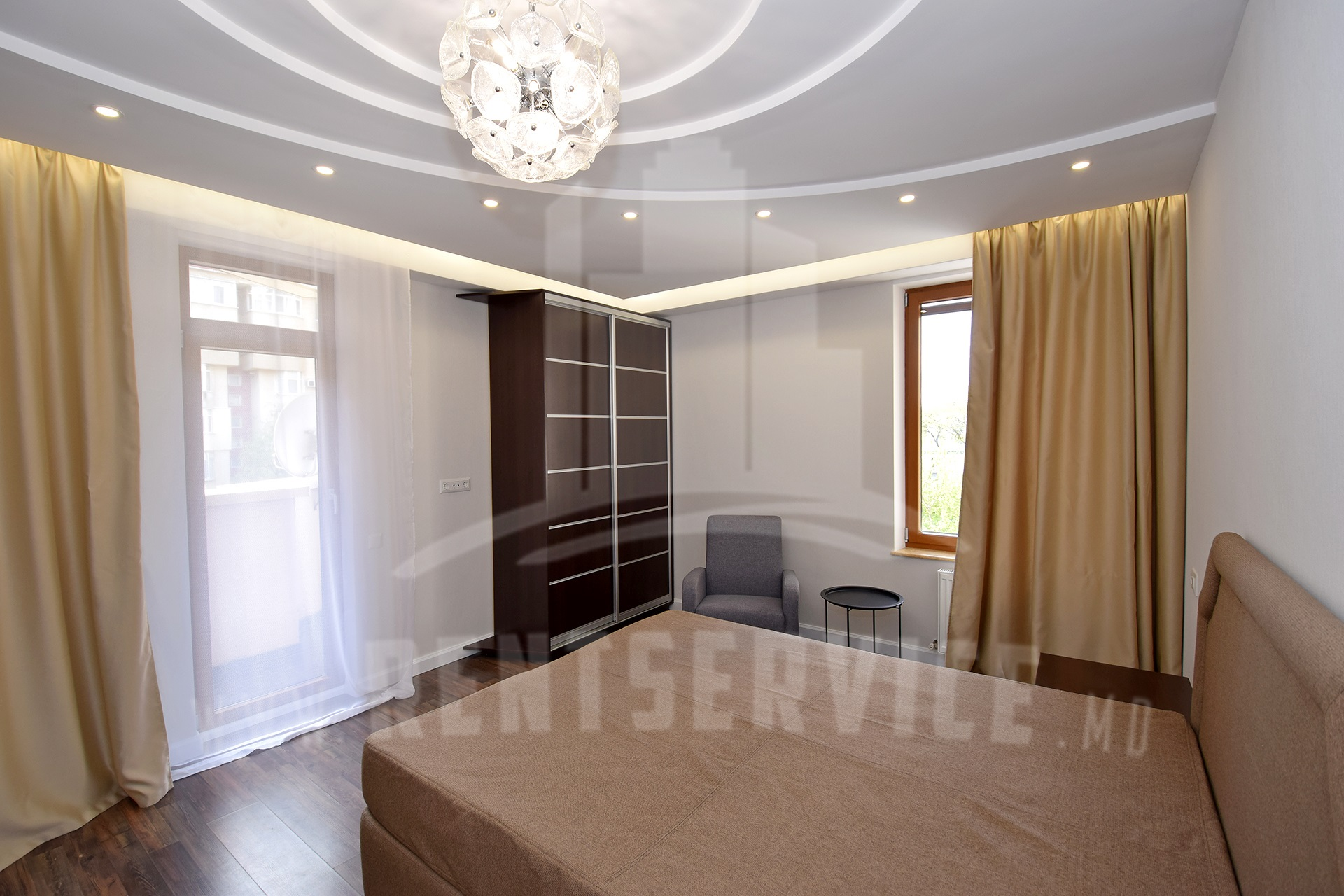 291_apartment_9.JPG